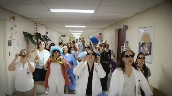 Lipdub 2009, la folie corporate.